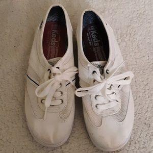 Keds White Canvas Sneakers Sz 6